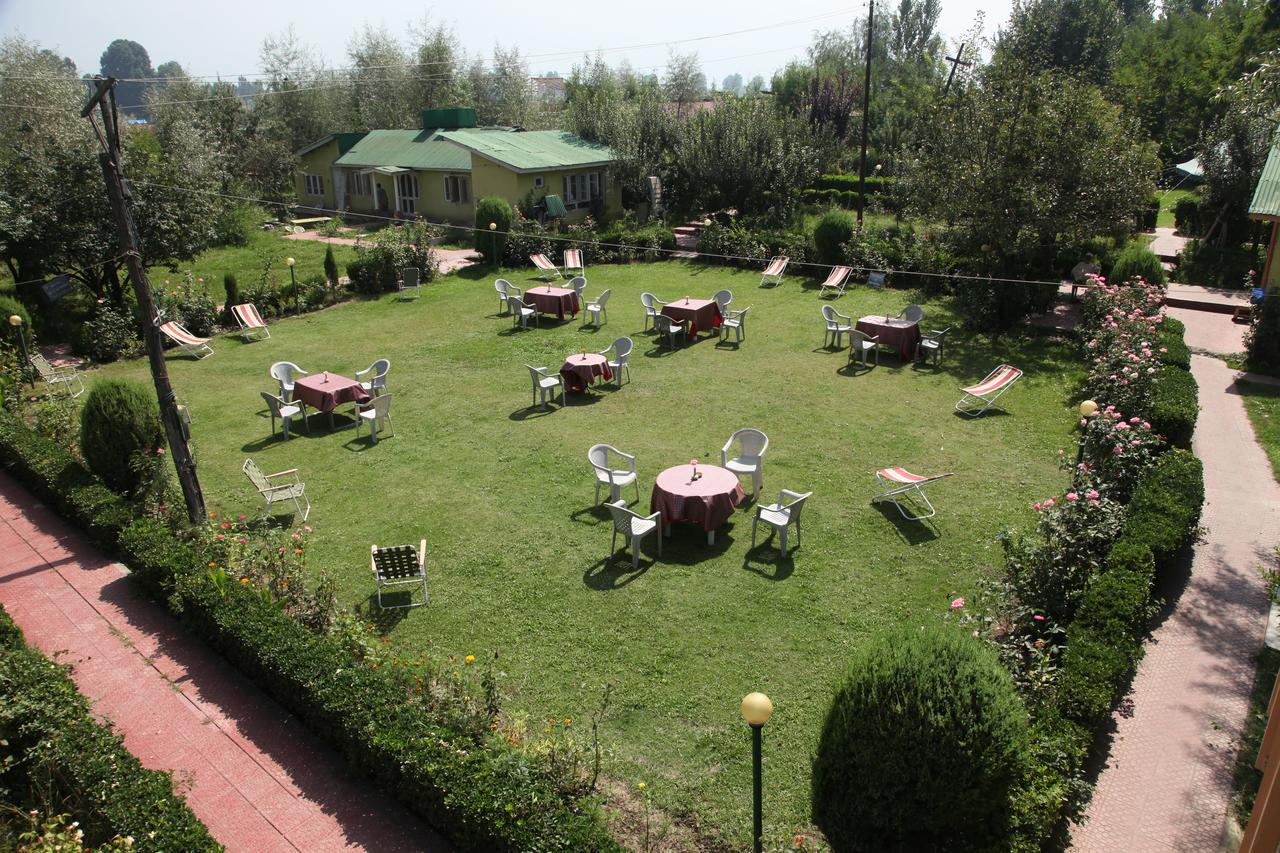 Jewel Of Kashmir Heritage Group Of Houseboat Srinagar Restaurant